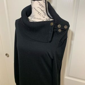 Limited Turtle Neck Sweater